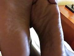 Ebony thot feet
