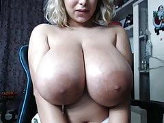 Burly Areola Massive Boobs Knockers Spit Webcam BBW