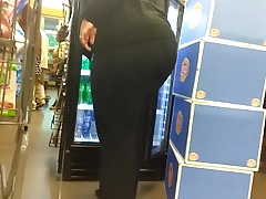 Big BBW booty VPL in the checkout party