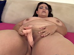 bbw neonate with big saggytits toying will not hear of pussy
